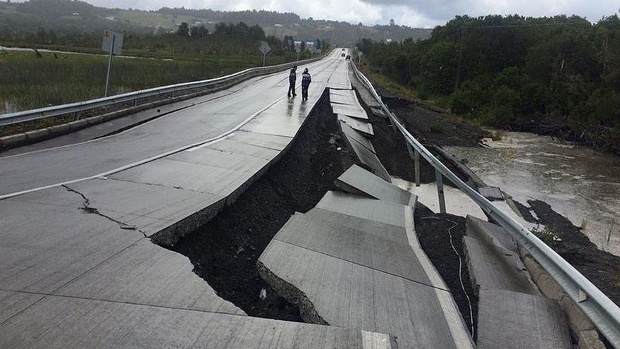 No hay pérdida de vidas humanas por el sismo de magnitud 7,6 en el sur de Chile
