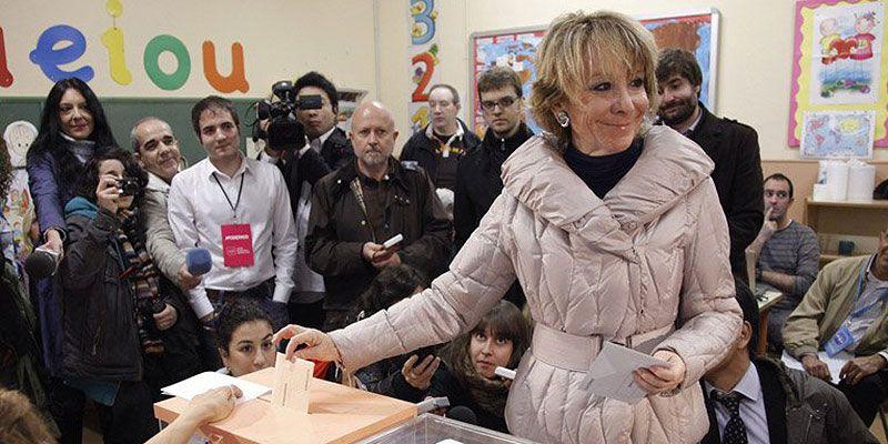 Esperanza Aguirre vota en el Pi i Margall en las pasadas elecciones | COMUNIDAD DE MADRID