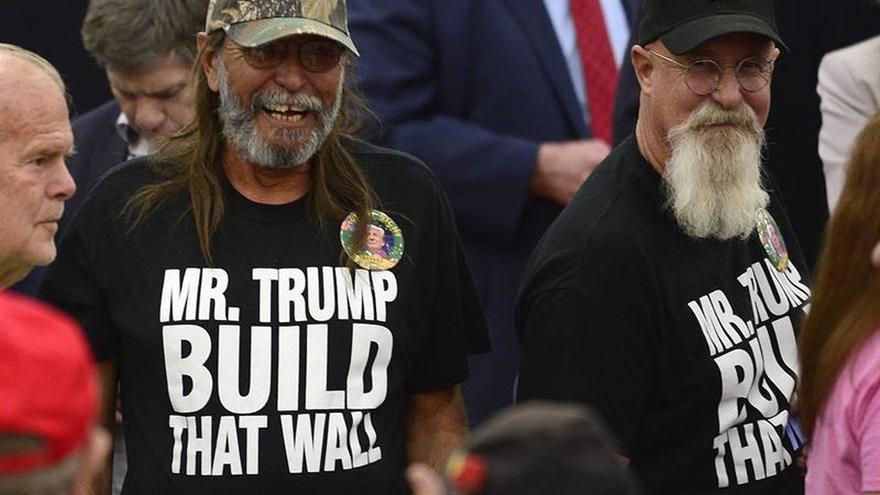 Asistentes a un acto de campaña del aspirante a la candidatura repulicana a la presidencia Donald Trump en Las Vegas, Estados Unidos.