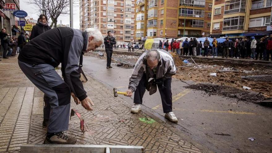 Gamonal amanece por primera vez sin ciudadanos concentrados en la calle