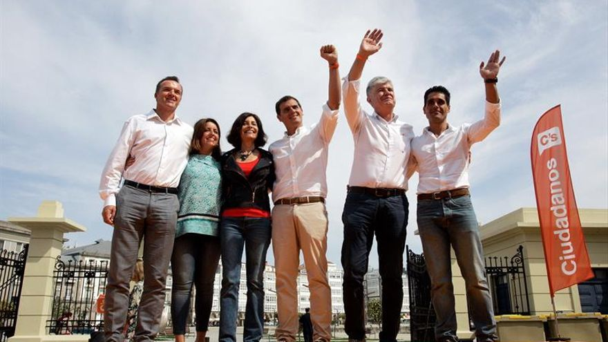 Rivera advierte de que la mayoría absoluta en Galicia conduce al conformismo