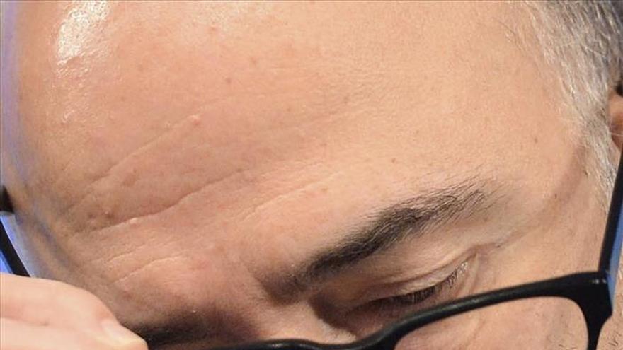 Moscovici pone la reforma laboral como instrumento contra el alza de la utraderecha