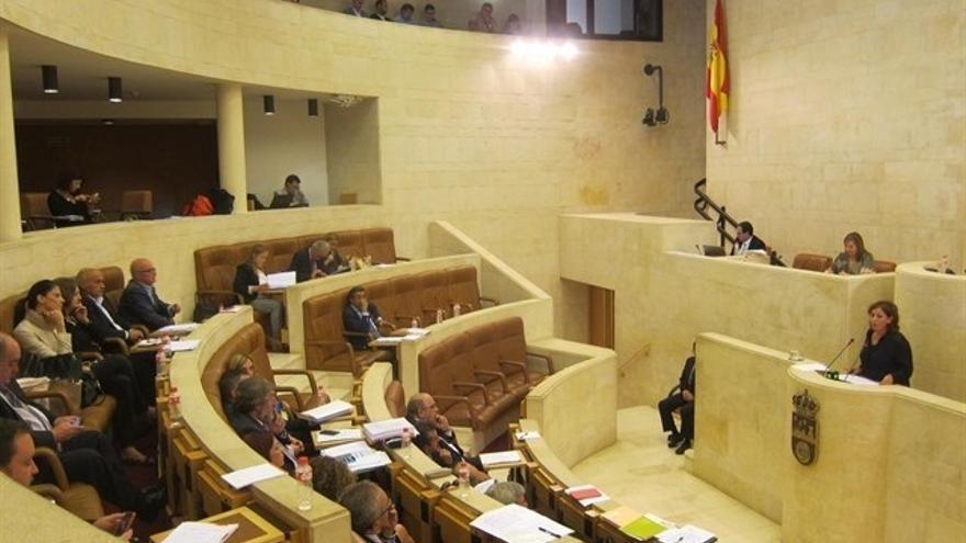 Las enmiendas a la totalidad de PP y Podemos se debatirán este lunes en el Pleno