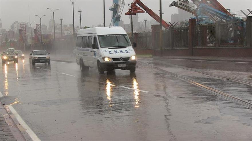 Uruguay emite alerta amarilla en diez provincias por tormentas intensas