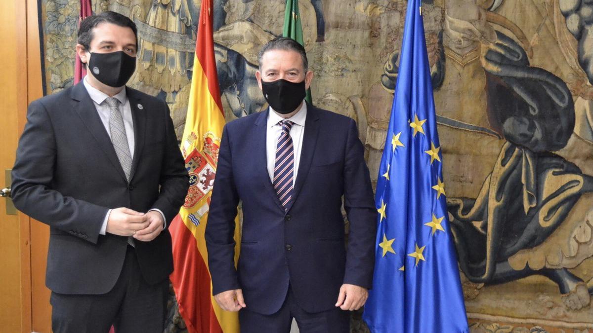 Los alcaldes de Córdoba y Linares, este martes