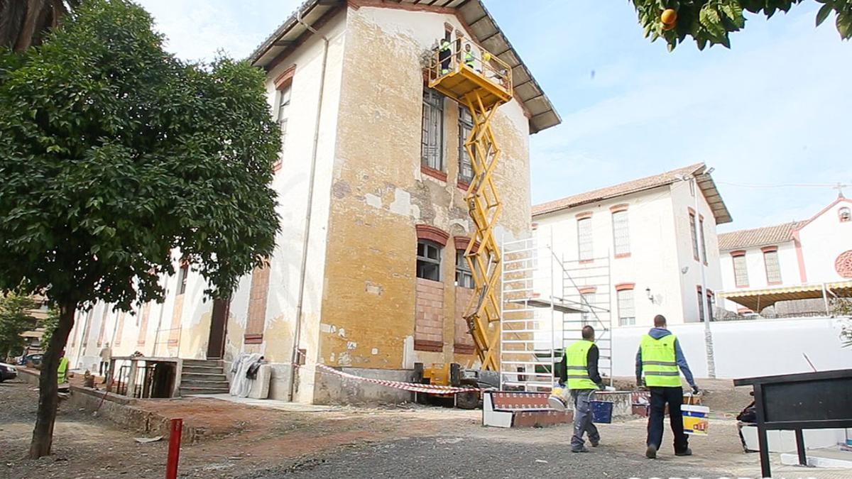 Pabellones del Hospital Militar en obras   MADERO CUBERO