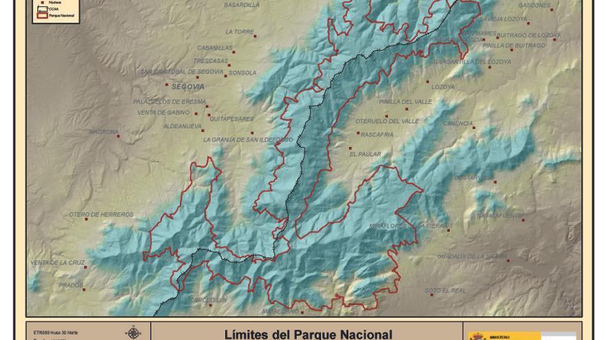 La línea roja delimita las casi 34.000 hectáreas que comprende el Parque Nacional de la Sierra de Guadarrama