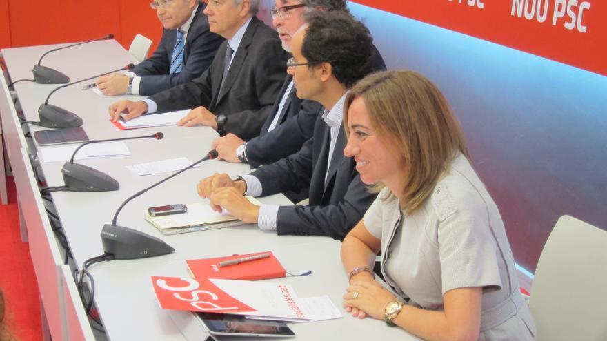 Navarro reclama al PSOE que colabore con el PSC en la defensa de las tesis federalistas