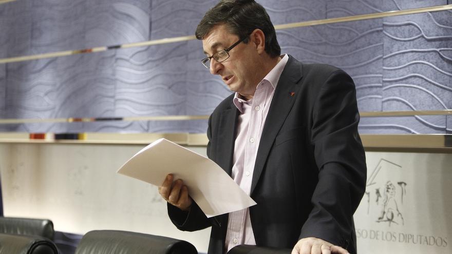 La dirección de IU pide la dimisión de Monago si no demuestra que ha hecho un uso correcto del dinero público