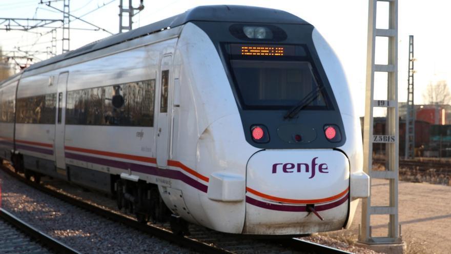 (Ampl.) Renfe espera superar los 'números rojos' en 2016