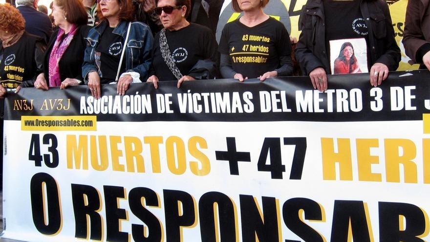 El cantautor Raimon y la Asociación de Víctimas del Metro 3 de Julio, Altas Distinciones de la Generalitat
