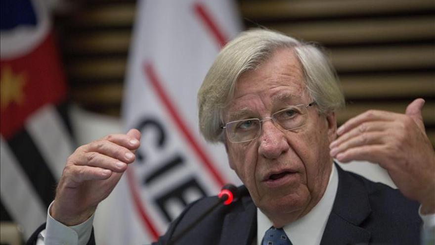 Astori afirma que no habrá más impuestos en Uruguay si gana el Frente Amplio