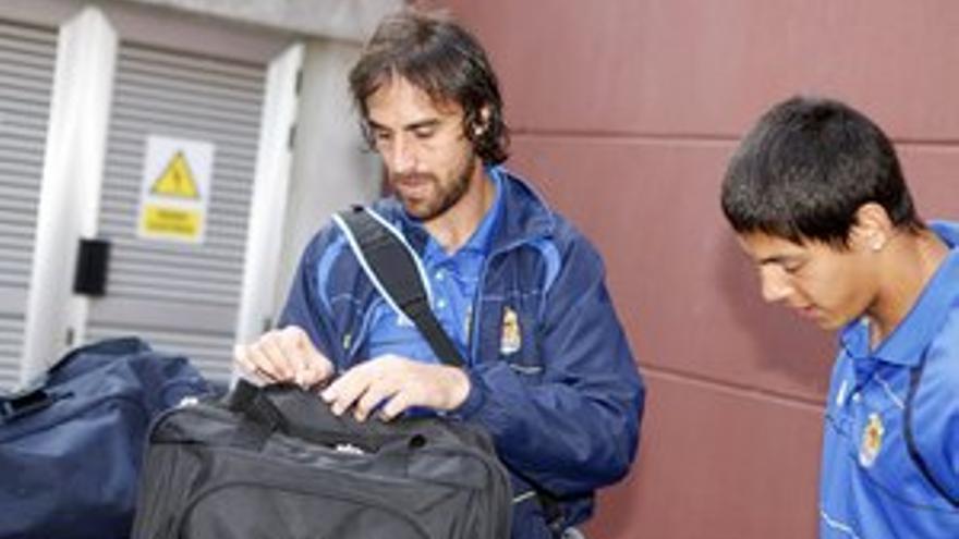Matías Lequi, junto a Mauro Quiroga, antes de partir hacia tierras catalanas. (ACFI PRESS)