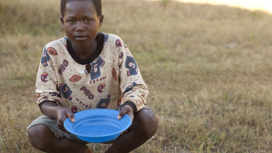 Cada día, 400 millones se enfrentan cara a cara con la pobreza extrema, como hizo Lekelini. Foto: Cameron McNee / Mission Malawi / ActionAid