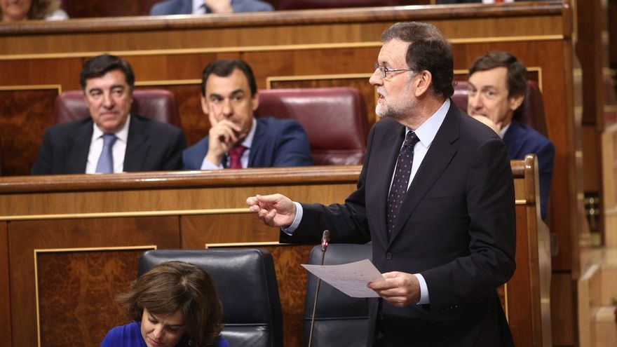 """Rajoy recalca a PSOE que las reprobaciones a Montoro y Catalá no le """"obligan a tomar ninguna decisión"""":""""Eso voy a hacer"""""""