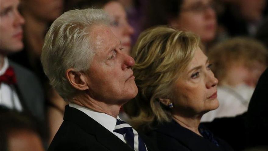 """Hillary Clinton asegura haber """"pasado página"""" e ignora la reaparición de Lewinsky"""