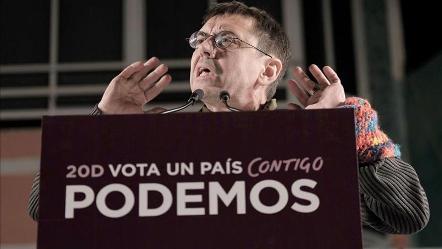 """Monedero: Rajoy y Sánchez son """"dos momias a punto de convertirse en serrín"""""""