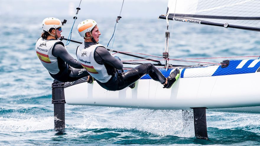 El Nacra 17 de Tara Pacheco y Florian Trittel, los mejores resultados españoles del campeonato.