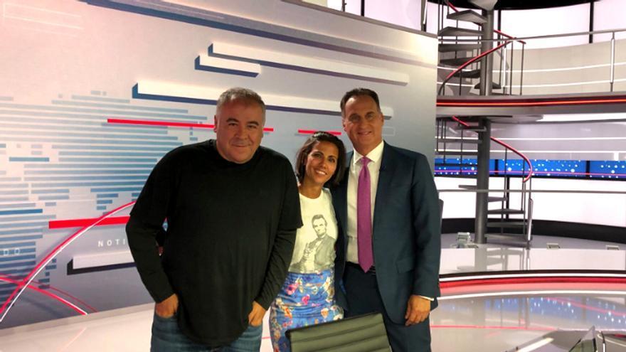 Ferreras y Ana Pastor visitan los estudios de Telemundo en Miami