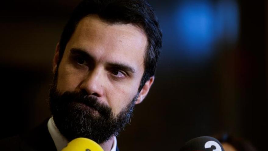 """Torrent recalca a Sánchez que no habrá """"cheques en blanco"""" y le pide valentía"""