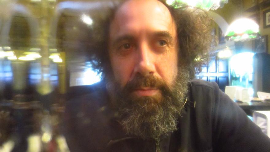 El responsable artístico de Kukuxumusu, Mikel Urmeneta.