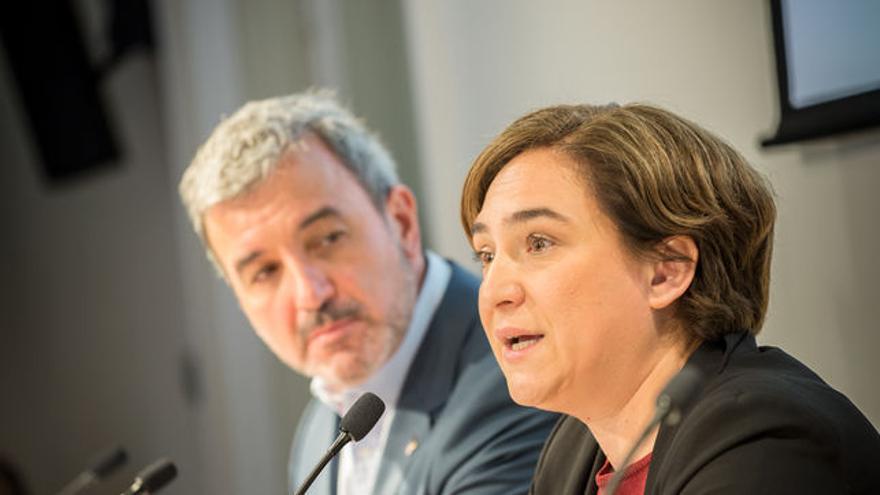Jaume Collboni (PSC) y Ada Colau, piezas clave para la implantación del salario mínimo en el Área Metropolitana de Barcelona