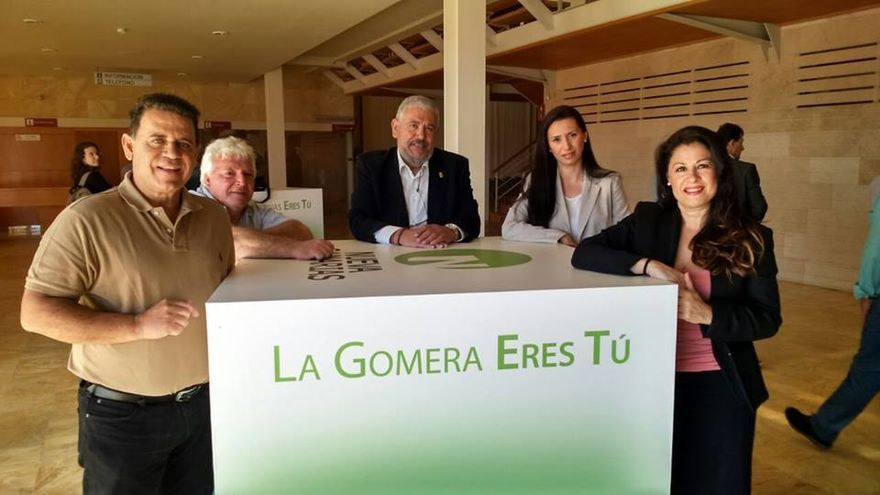 Los candidatos de La Gomera por NC durante el encuentro