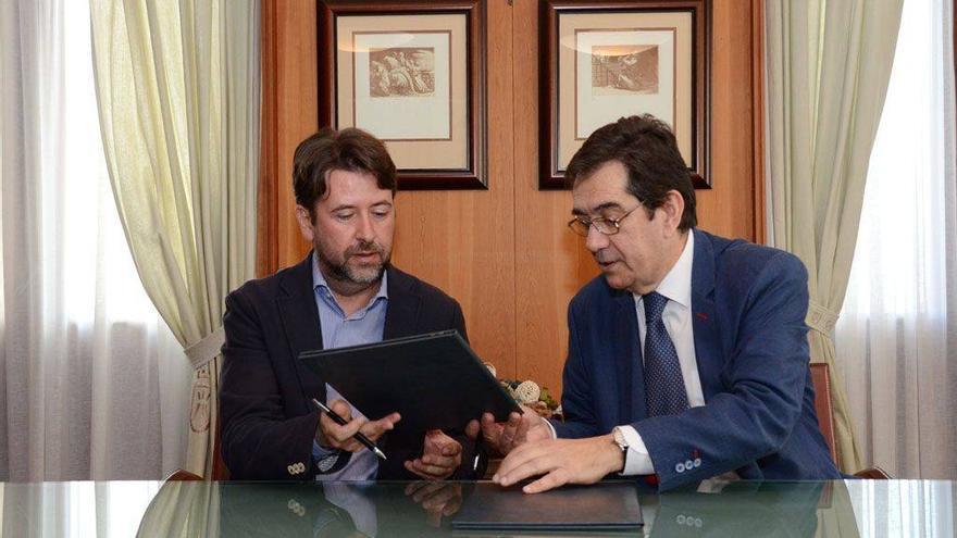 Carlos Alonso, presidente del Cabildo de Tenerife, y Antonio Martinón, en una imagen de archivo