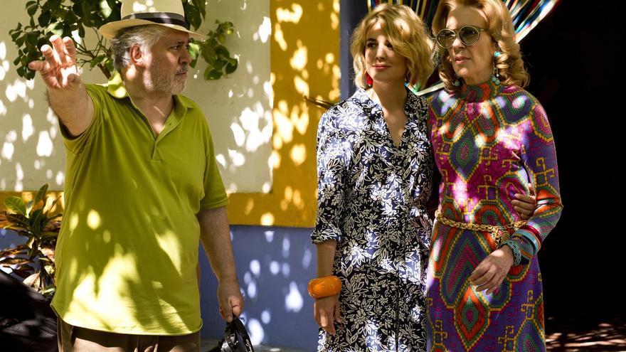 Pedro Almodóvar en el set de 'Julieta'