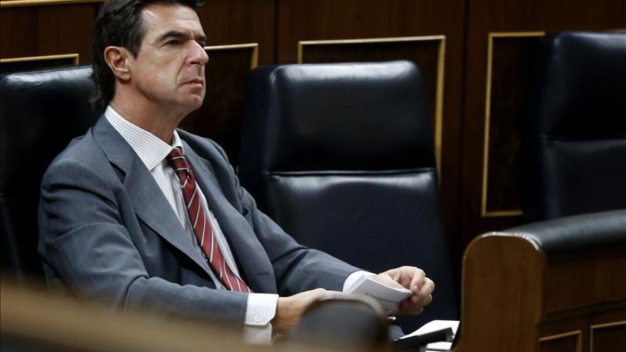 """Soria afirma que los precios de la electricidad """"ahora bajan"""""""