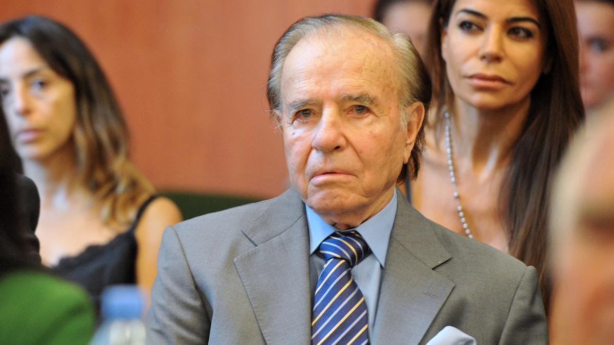 Carlos Menem está grave