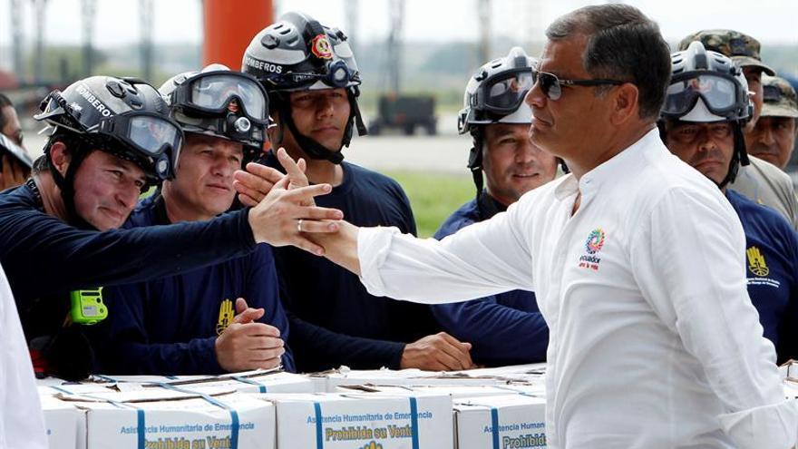 Correa destaca la unidad del pueblo al recordar el primer mes del terremoto