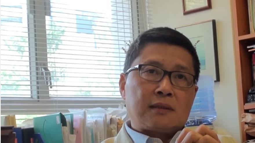 El profesor Kin-Man Chan, uno de los líderes del movimiento de los paraguas de Hong Kong
