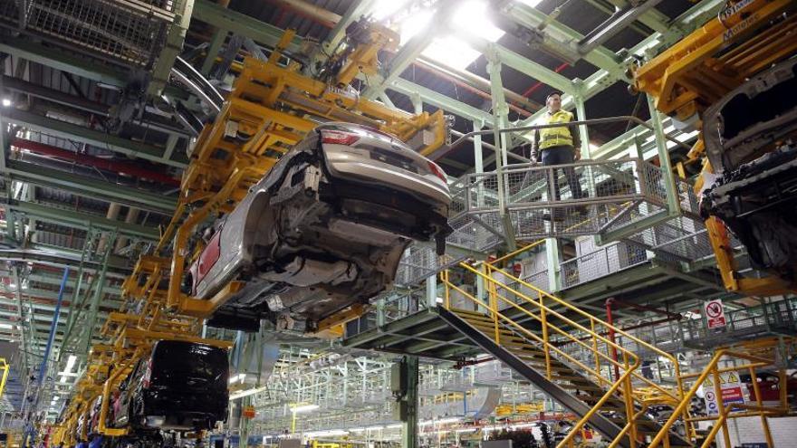 Ford paraliza la producción en Valencia y estudiará medidas con los sindicatos