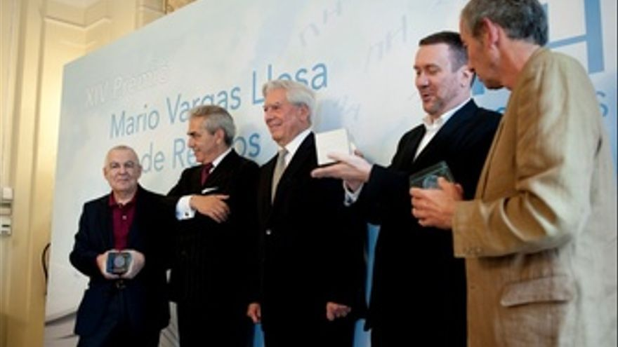 Mario Vargas Llosa En La Entrega De Los Premios Que Llevan Su Nombre