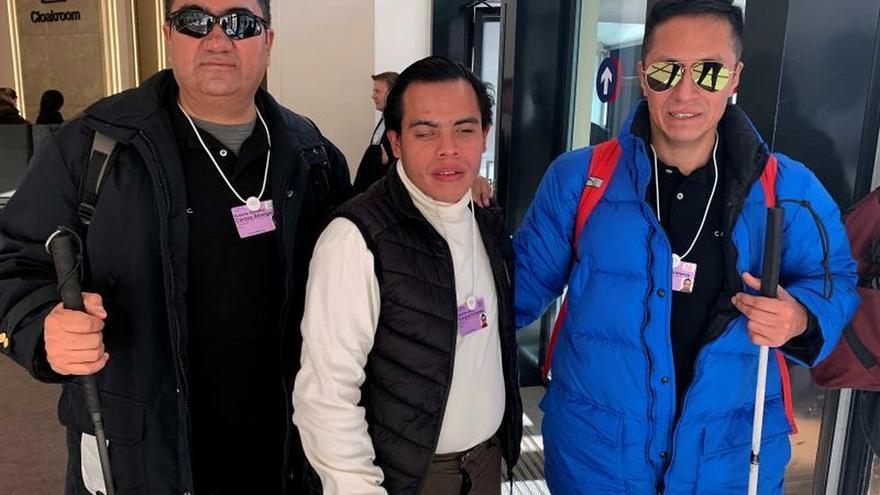 Los poderosos de Davos hacen un visita al mundo de los ciegos