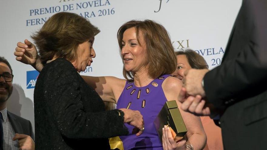 Paloma Sánchez-Garnica gana el Fernando Lara con novela sobre el perdón