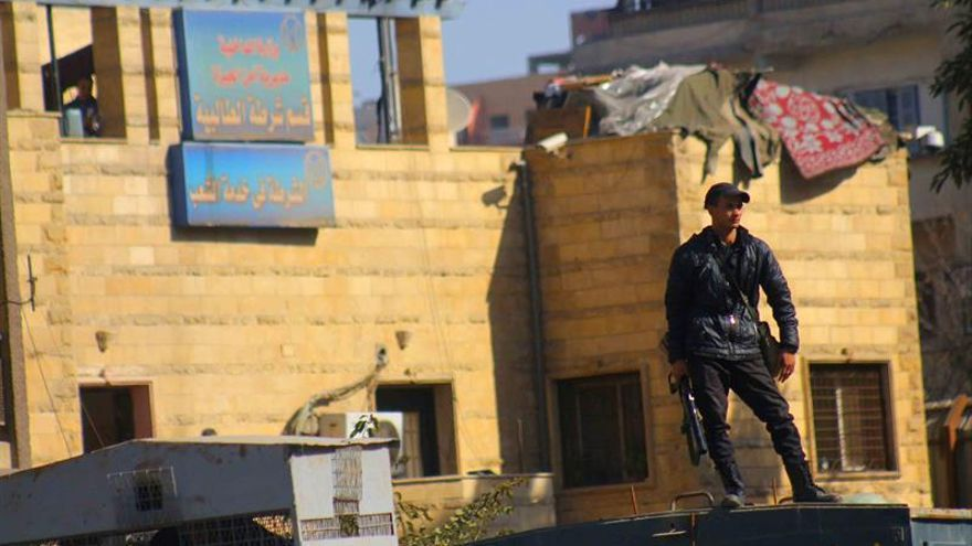 Un policía muerto y otro herido en un atentado en el norte del Sinaí