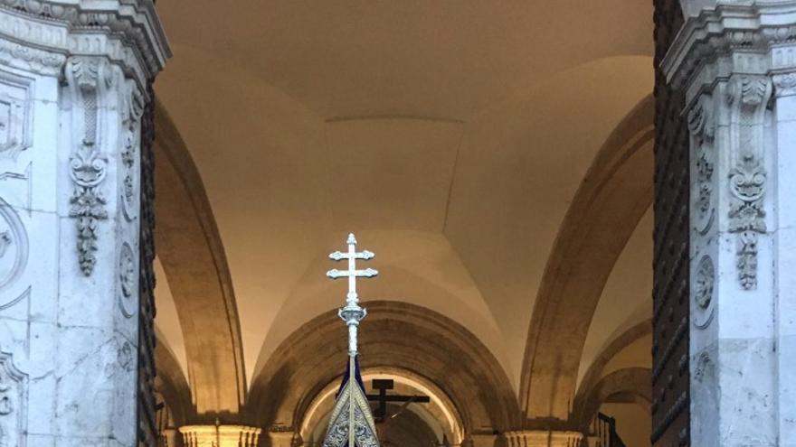 Impulsan una plataforma ciudadana para sacar a la Iglesia y a la Hermandad de los Estudiantes de la Universidad de Sevilla