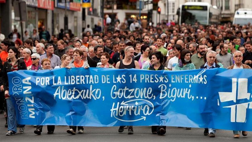 Las Juntas de Álava piden a España y Francia excarcelar a presos de ETA enfermos