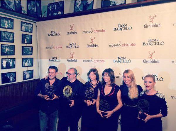 Foto de familia de los premiados de los I Premios Museo Chicote | Fotografía: Berta Collado