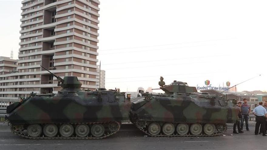 Al menos 90 muertos y más de 1.000 heridos durante la intentona golpista en Turquía