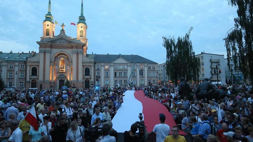 La CE avisa de que los cambios en Polonia podrían afectar a toda la justicia de la UE
