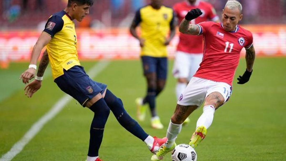 Chile y Ecuador empataron sin goles en uno de los cinco duelos de la jornada por las clasificatorias a Qatar 2022.
