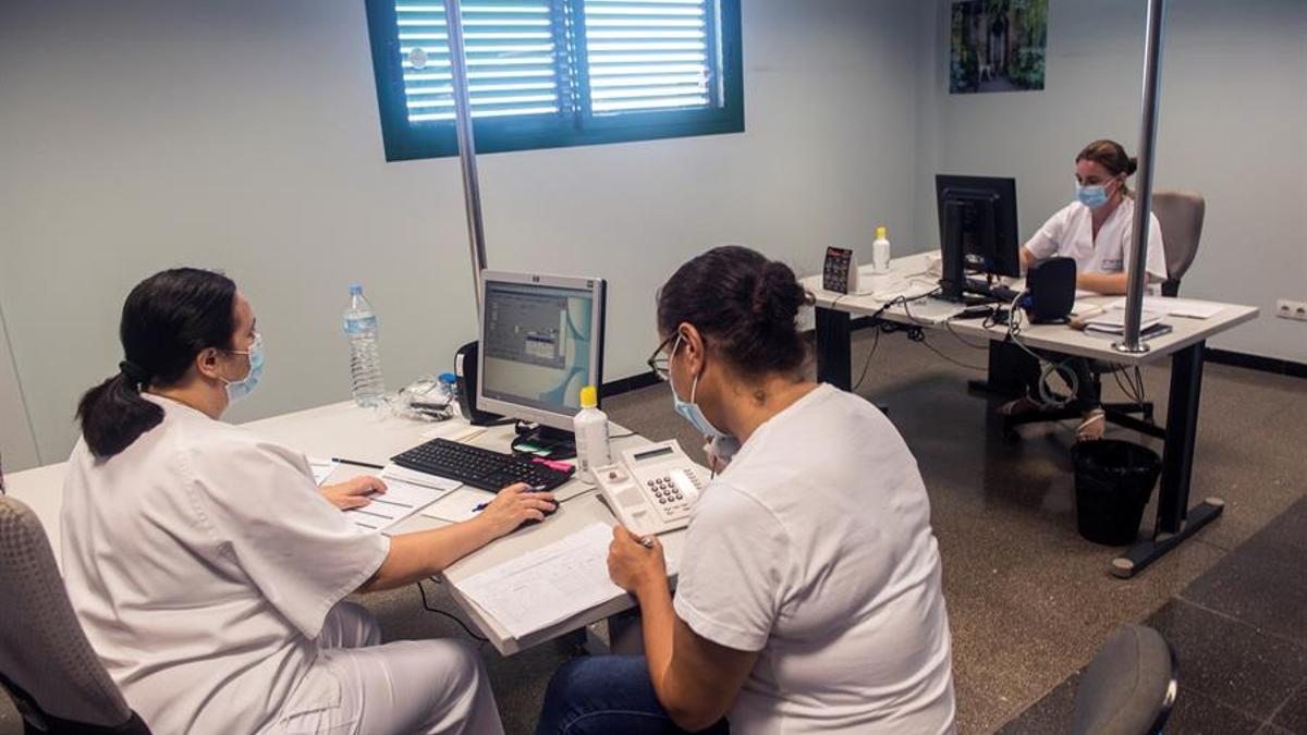 Sanitarios en el Hospital General de Lanzarote, Doctor José Molina Orosa.