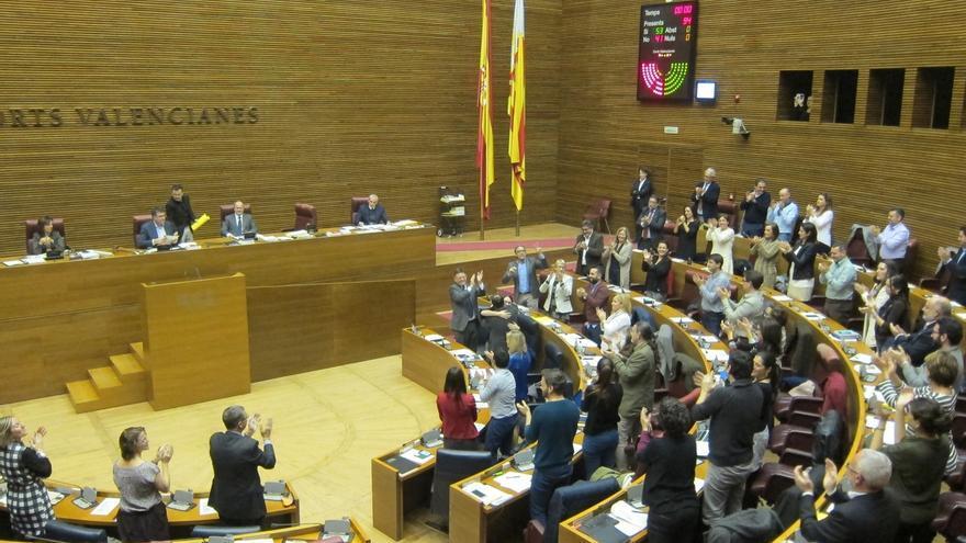 PSPV, Compromís y Podemos aprueban el primer presupuesto del nuevo Gobierno valenciano con la oposición de PP y C's