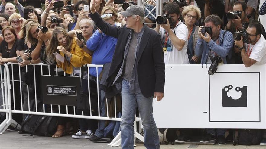 Richard Gere, recibido en San Sebastián con el entusiasmo de la primera vez