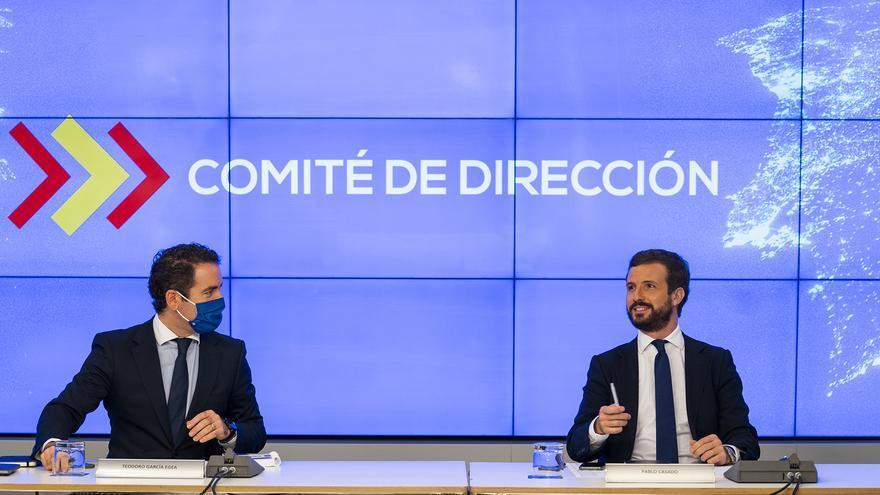 """Pablo Casado visita La Gomera para conocer """"las repercusiones de la pandemia"""" en Canarias"""