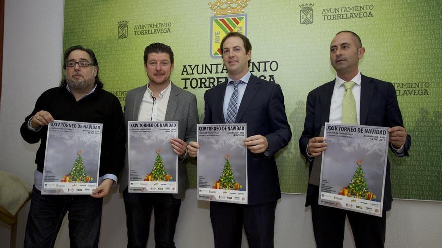 500 jugadores de balonmano disputarán el domingo el Torneo de Navidad Solidario