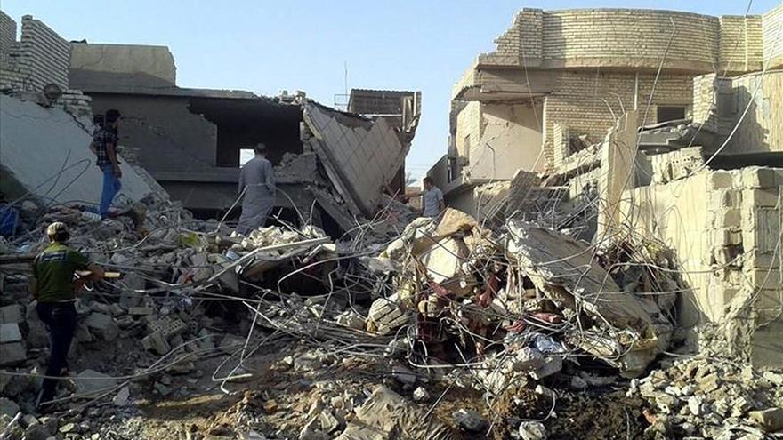 Al menos 180 miembros del EI muertos en Irak en un ataque liderado por EE.UU.